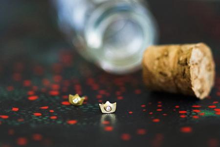 brinco-coroa-destaque