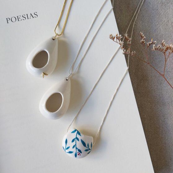 Colares em porcelana